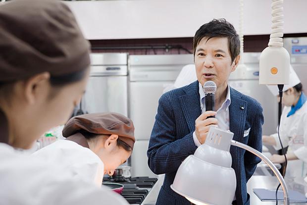 ゲスト審査員「貝印スイーツ甲子園絆サポーター」として参加していた関根勤さんは場をやわらげてくれた。