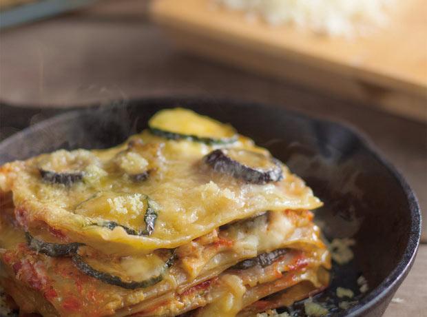 〈ビヨンド 豆腐〉をチーズのようにラザニアに使用