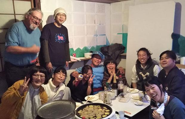 地域住民への挨拶を兼ねて作家の活動を紹介するイベント「こんばんは! 清島アパートです」。
