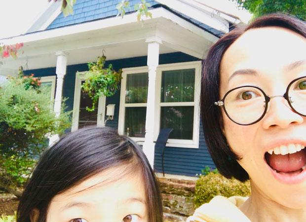 限られた時間のなかでシェアハウスが見つかった。築100以上という古い家で、庭には小鳥が集まってくる。(撮影:山中緑)