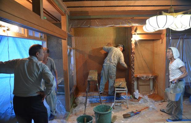 和室の意匠はそのまま利用、補修程度にとどめる。