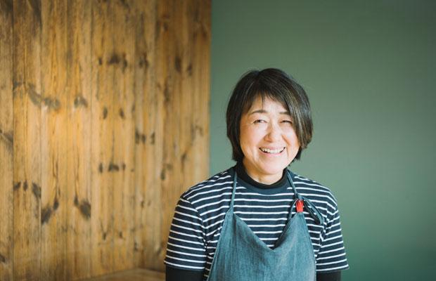「ピュアエッグからすべてがスタートしました。お菓子づくりの経験もなく、失敗しながらでしたけど」と話す渡辺洋子さん。