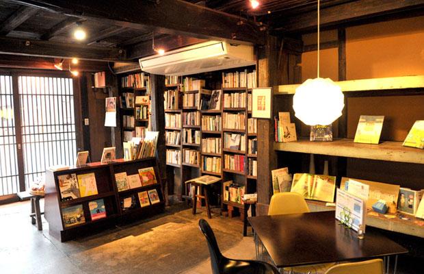 Metoro Cafeの〈いわしの文庫〉。(撮影:畠山浩史)