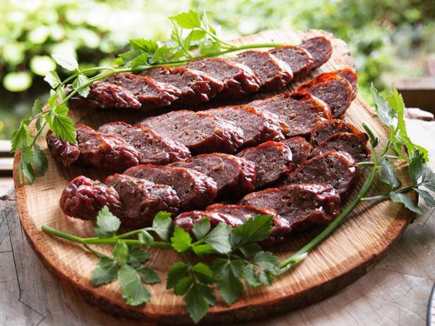 イノシシ肉のソーセージ。