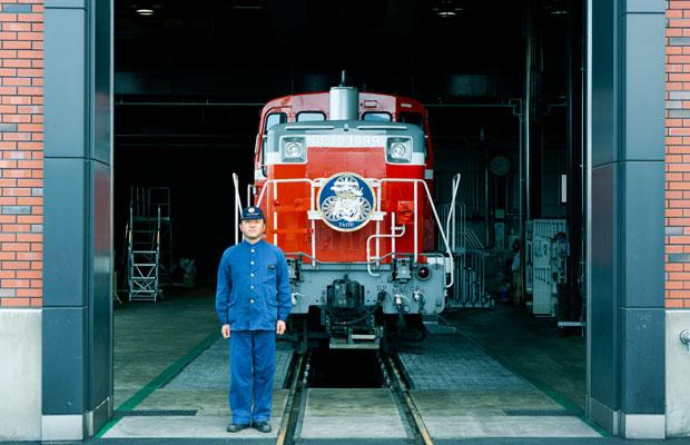 2017年8月に、SL大樹とともに約半世紀ぶりに復活したDL(ディーゼル機関車)。土日を中心に下今市駅~鬼怒川温泉駅を運行している。