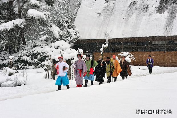 春駒踊りの風景。