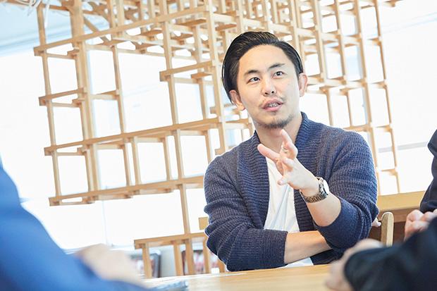 〈popcorn〉代表の大高健志さんは、クリエイティブと資金のより良い関係を目指してクラウドファンディングサービス〈MotionGallery〉を立ち上げている。
