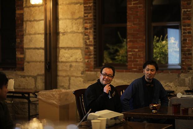 〈翁知屋〉7代目の佐々木優弥さんと、〈岩屋堂タンス製作所〉の13代目、三品綾一郎さん。