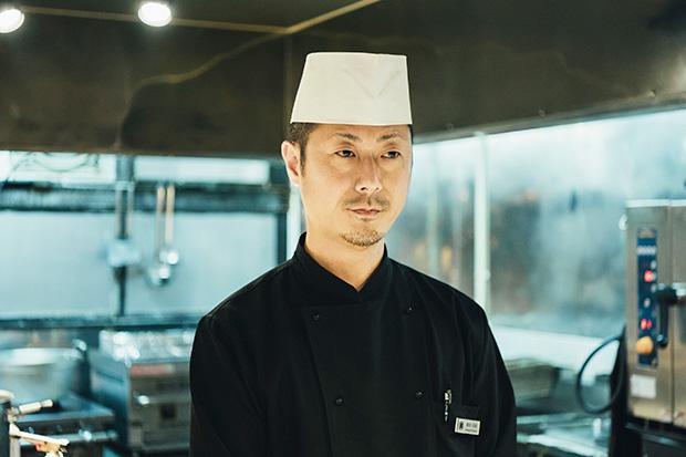 〈むらんごっつぉ〉の料理長・桑名宣晃さんは、静岡県出身。