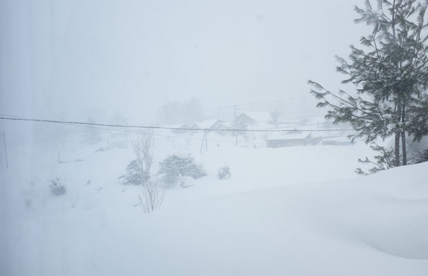 冬の天候は変わりやすい。突然、雪が激しくなりホワイトアウトすることもある。