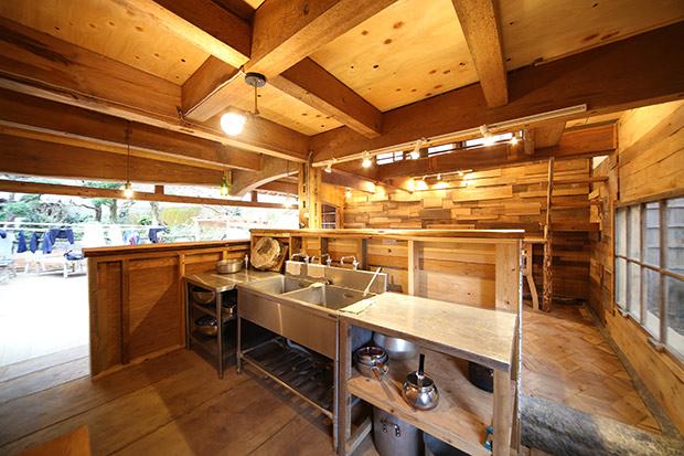 DIY合宿でつくったキッチン作業台。