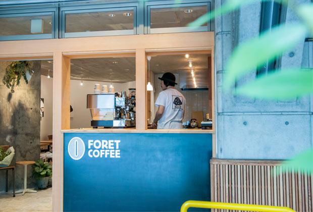 〈FORET COFFEE〉外観