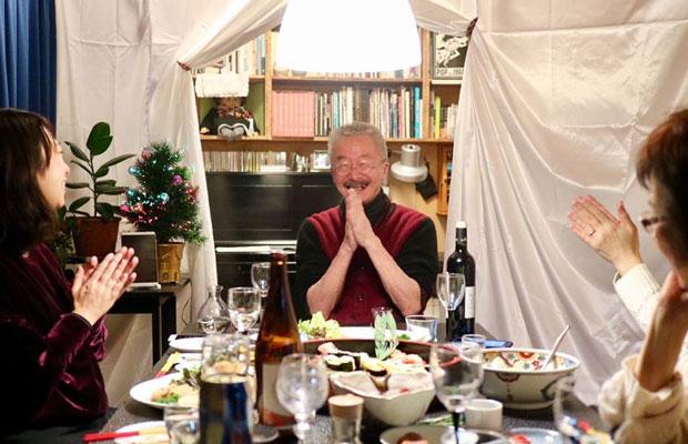 池上修一さんのご自宅で会食。ご自身で設計された家は、親密なサイズ感の中に、立体的な遊び心のある空間が広がっていた。