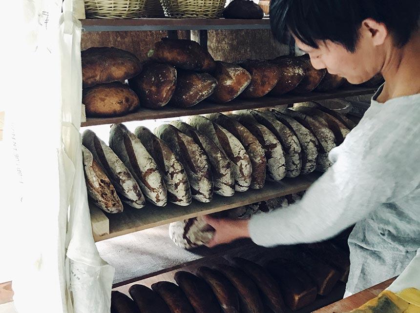 各地の人気店や、 パン事情をご紹介! わたしのまちの「パン屋さん」