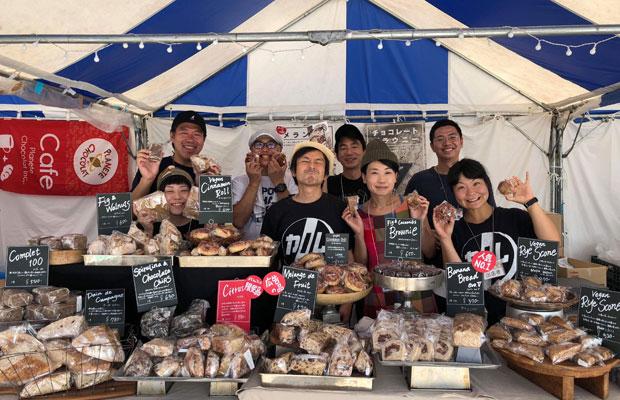 横浜・赤レンガ倉庫で行われた「パンのフェス」出店時の様子。カノムパンでは、さまざまなイベントや催事などに出張することも多い。(写真提供:テールベルト&カノムパン)