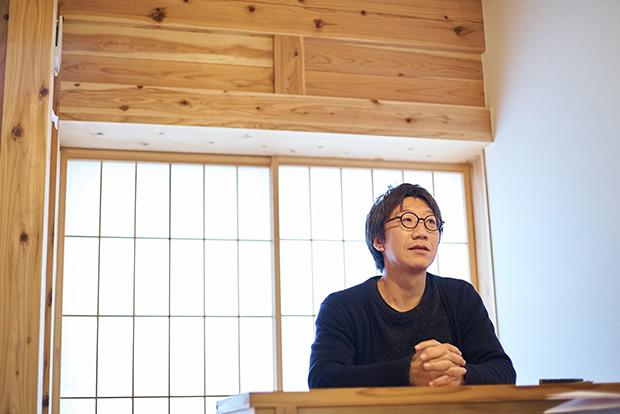 〈八女里山賃貸株式会社〉代表の長谷川繁さん。