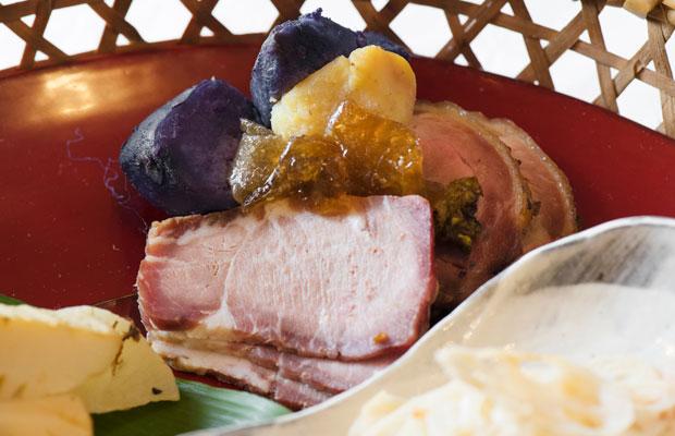 豚肉本来の旨みを塩だけで引き出した豚ハムは絶品でした。