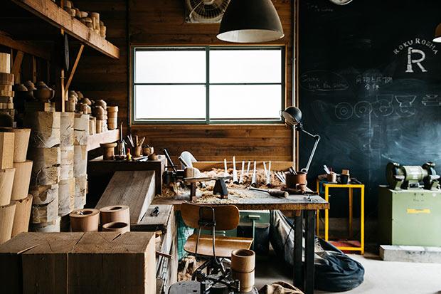〈ろくろ舎〉の工房。Photo:Mitsugu Uehara