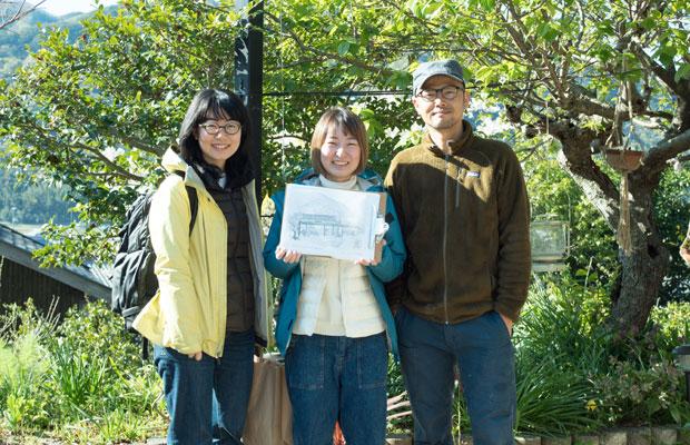 私の地元、岡崎(愛知)から手伝いに来てくれた〈檸檬〉のふたりとたくちゃん(夫)。すてきなスケッチを残していってくれました。