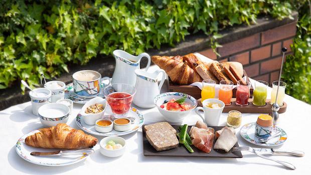 〈神戸北野ホテル〉が20周年イヤーを記念し、「世界一の朝食」をアップデート!