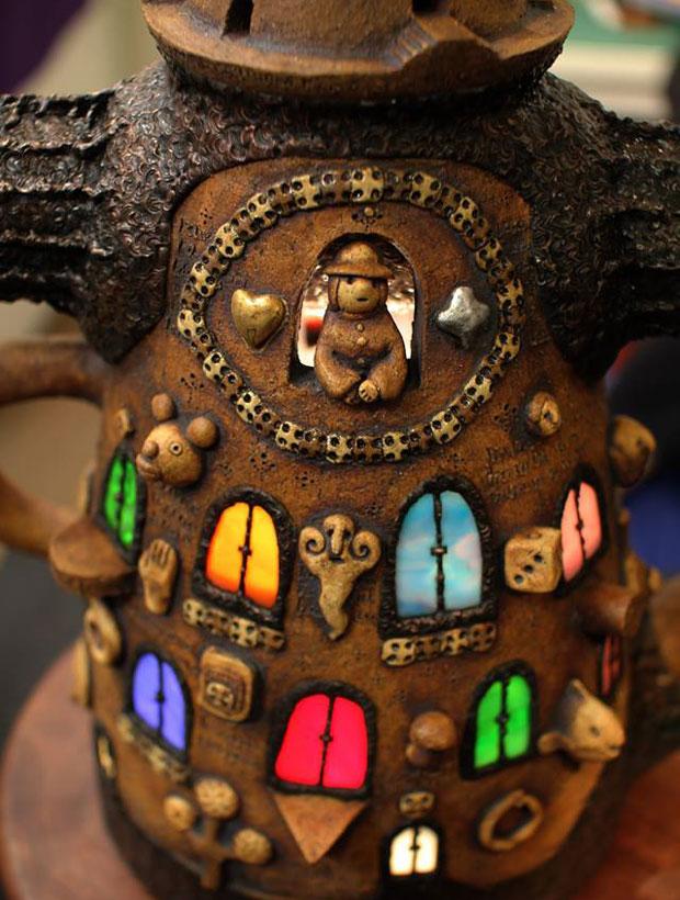 傍嶋さんの万華鏡。陶器やガラスなどさまざまな素材で制作されている。(写真提供:傍嶋飛龍)