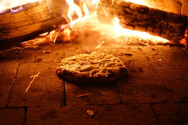 ピザ釜でピザパーティーも!