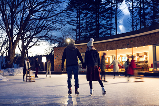 ウィンターシーズンの人気スポット〈ケラ池スケートリンク〉。来季の結氷が楽しみ。