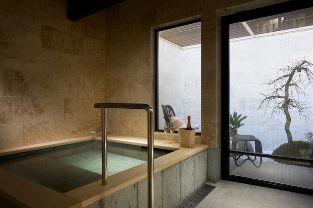 〈suki1038高台寺〉のバスルーム