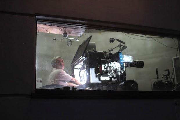 最初に映画祭がはじまった1984年の発足人である〈茅野新星劇場〉の柏原さん。©星空の映画祭実行委員会