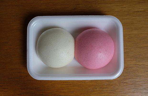 (c)Nicolas Boulard 弾力のある丸い形に興味があると、ブラーさんは和菓子にも注目していた。