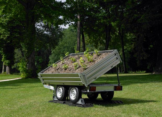 Clos mobile 2009 (c)Nicolas Boulard 移動式のブドウ畑。