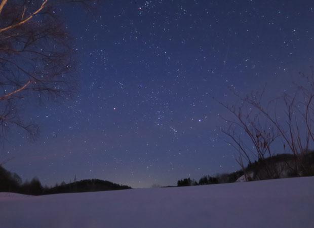 『2018みる・とーぶフォトコンテスト』より。「雪と星」