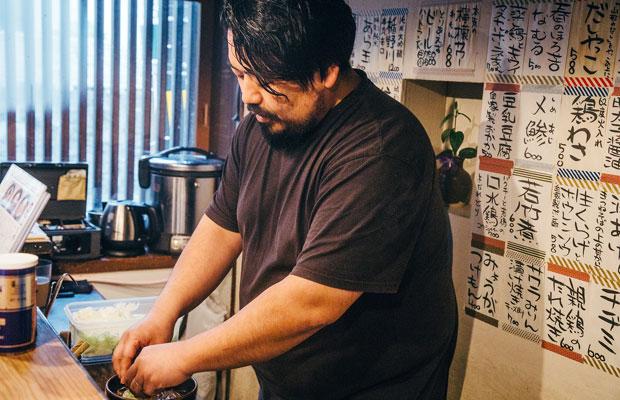 福耳だったことから「ふくちゃん」と呼ばれていたヤマカワさんのあだ名が店名の由来。
