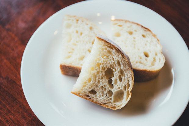 実はふわふわのもちもちのパン