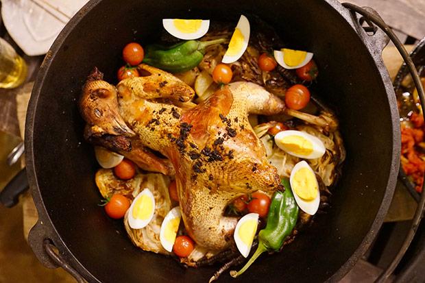 さばいた鳥でつくったオーブン料理