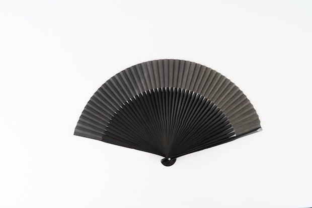 emido 和紙草木染扇子塗骨7寸5分 ログウット/矢車/柘榴 鉄媒染