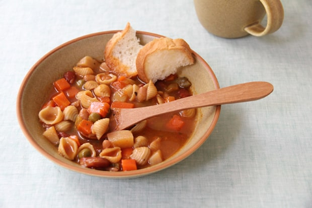 ピエルシリーズ〈スープ皿〉。和洋中に合い、スープのみならずちょっとしたおかずにも最適。
