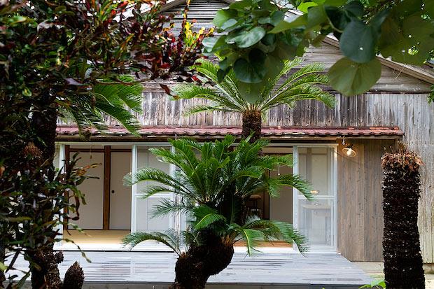 〈海亀ビーチの宿〉の客室外観