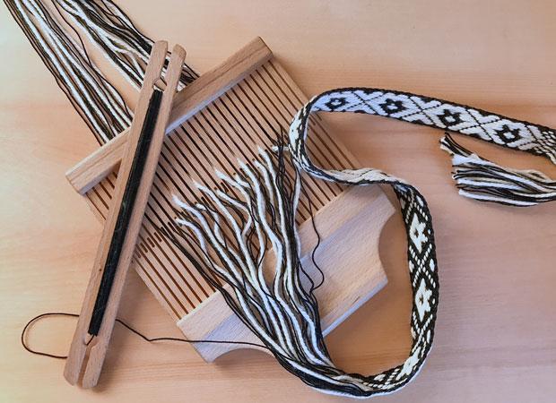 フィンランドの伝統的な編み機を使ったピルタナウハリボン制作ワークショップ(有料・要予約)も。詳しくはLOPPISサイトでチェックを。
