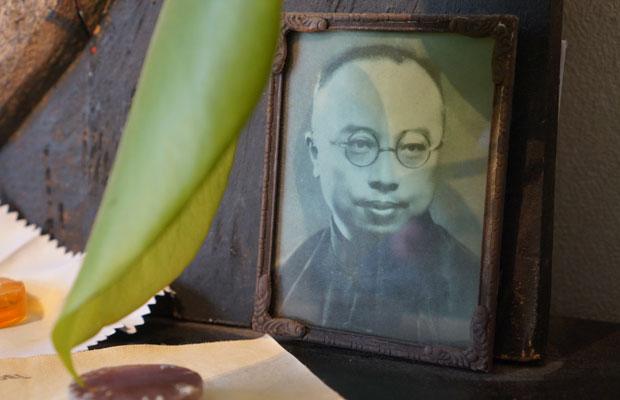 二胡が独奏楽器として発展する礎を築いた、作曲家・演奏家の劉天華。