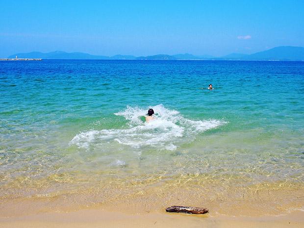 糸島の青い海