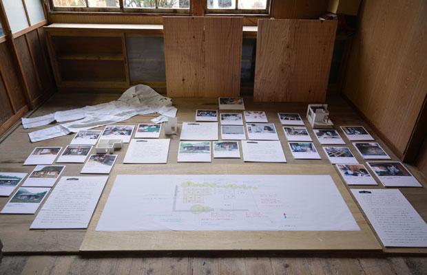 図面、施行中の写真、作業着を展示しています。