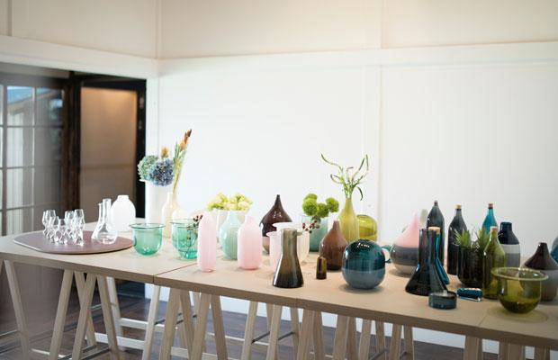 取材時にJohnで行われていたガラスウェアブランド〈FLASKA〉の個展。