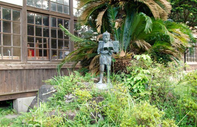 二宮金次郎の銅像