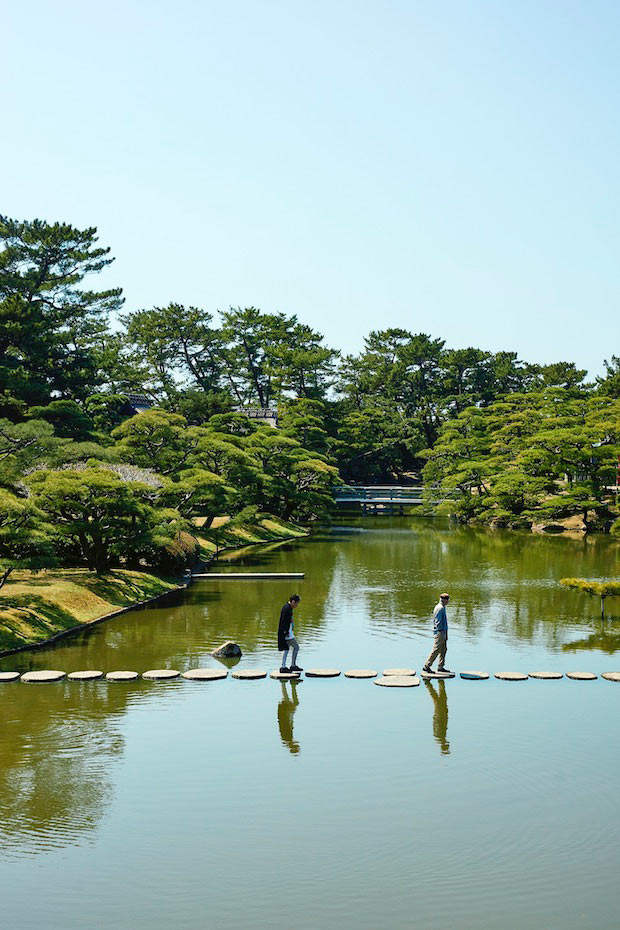 回遊式の大名庭園・中津万象園
