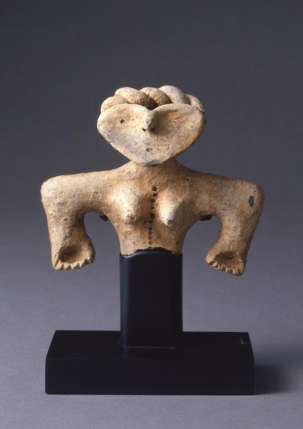 『土偶』縄文時代後期 紀元前 2000~紀元前1000年  岡田美術館蔵