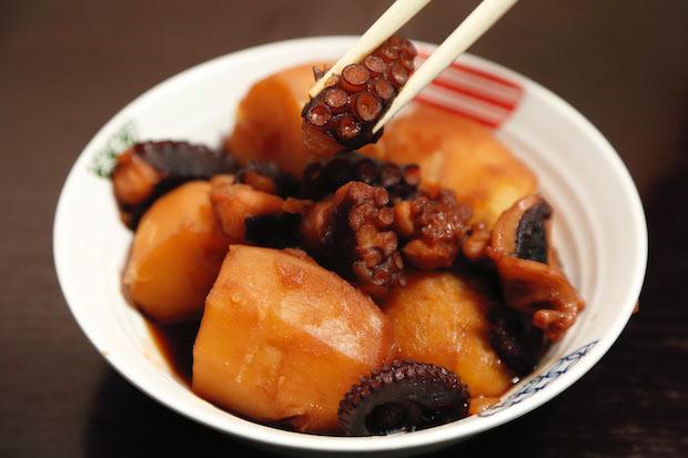 タコだけでなく、栄養満点で育ったジャガイモも抜群においしい〈芋だこ〉。