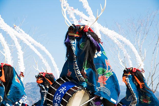 大船渡市の「永浜鹿踊り」