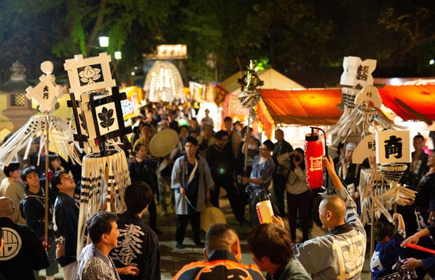 御会式は江戸庶民の祭り。秋の風物詩であり、季語にもなっている。(写真:鈴木竜一朗)
