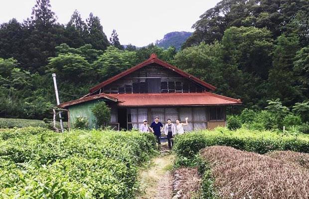 静岡県の山村の古民家から建具や家具などを回収して、内装に利用することに。(写真提供:RINNE)